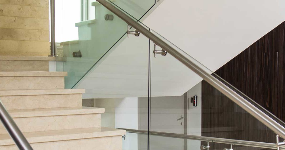 quality-metal-proyectos-escaleras-acero-inoxidable