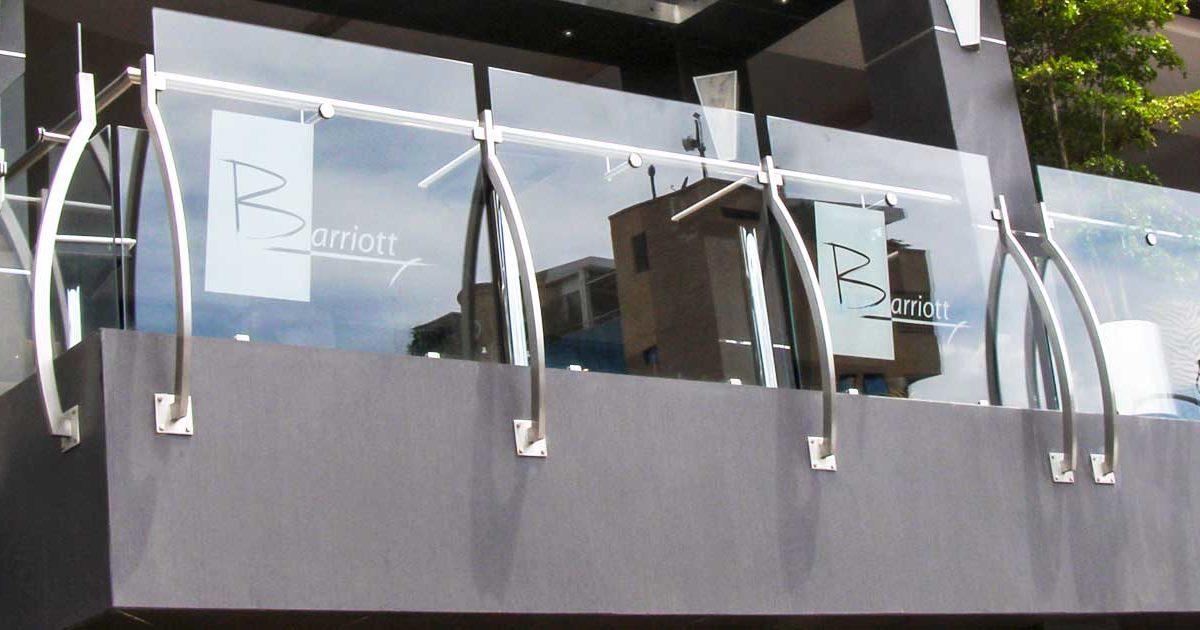 artículo con recomendaciones para construir la terraza de un restaurant