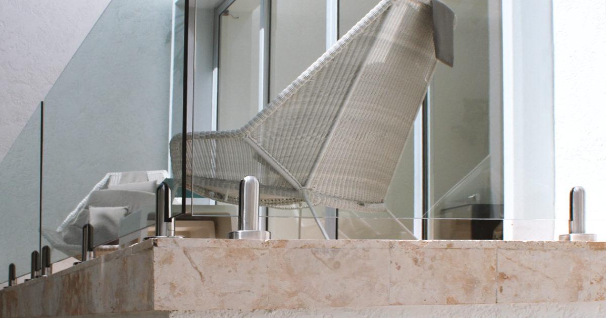 Artículo sobre los materiales que se usan cerramientos en balcones