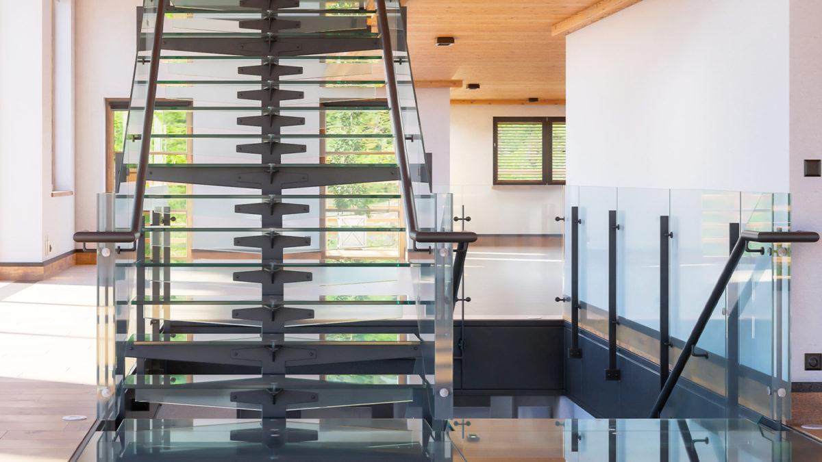 Imagen de escaleras rectas en acero al inoxidable y cristal templado Quality Metal Proyectos en artículo sobre escaleras rctas vs escaleras en espiral